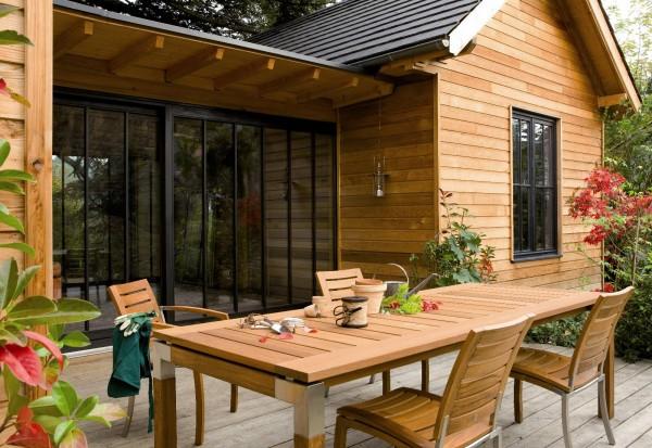 Zabezpieczenie drewnianych mebli ogrodowych